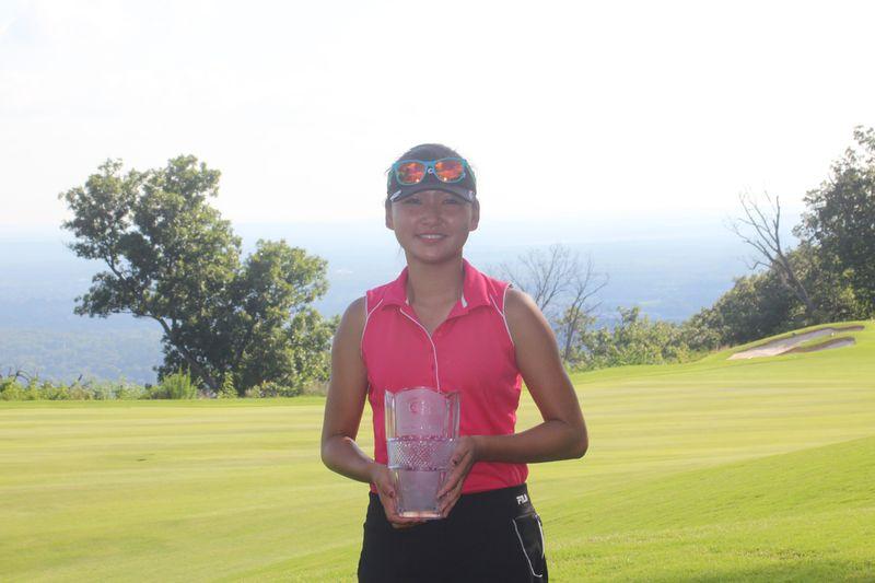 Champion Ji Eun Baik (1)