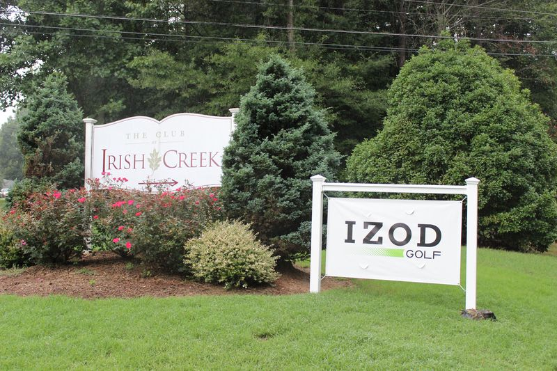 IZOD, AJGA, and course banner at entrance (3)